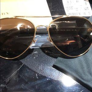 f41452353c90 Burberry Accessories - SALE New Burberry aviator BE3086 sunglasses gold